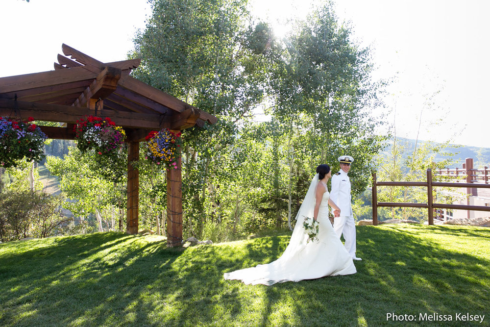 Photo: Melissa Kelsey Photography  Florist: Artisan Bloom  Planner: MelissaFancy