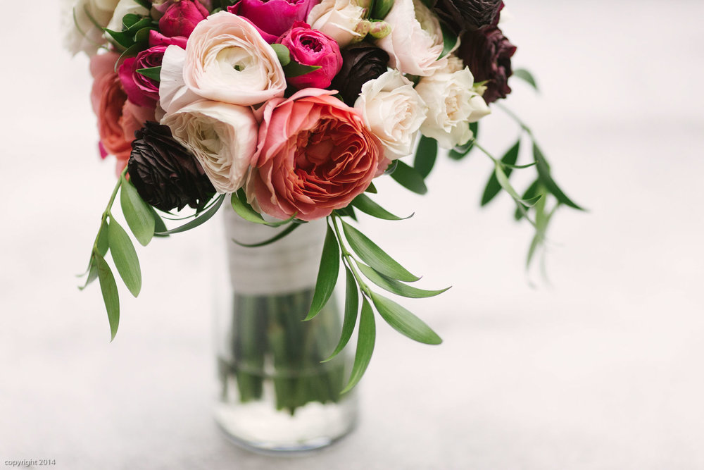 Photo: Erin Kate Photography  Florist: Artisan Bloom