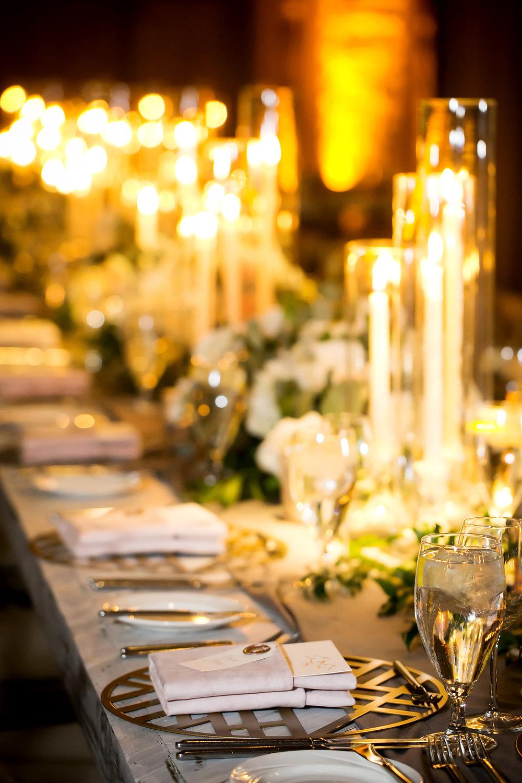 Photo: Angela Howard Photography  Planning: MelissaFancy  Florist: Artisan Bloom  Rentals: Tavolo Rental, BBJ Linen, La Tavola Fine Linen