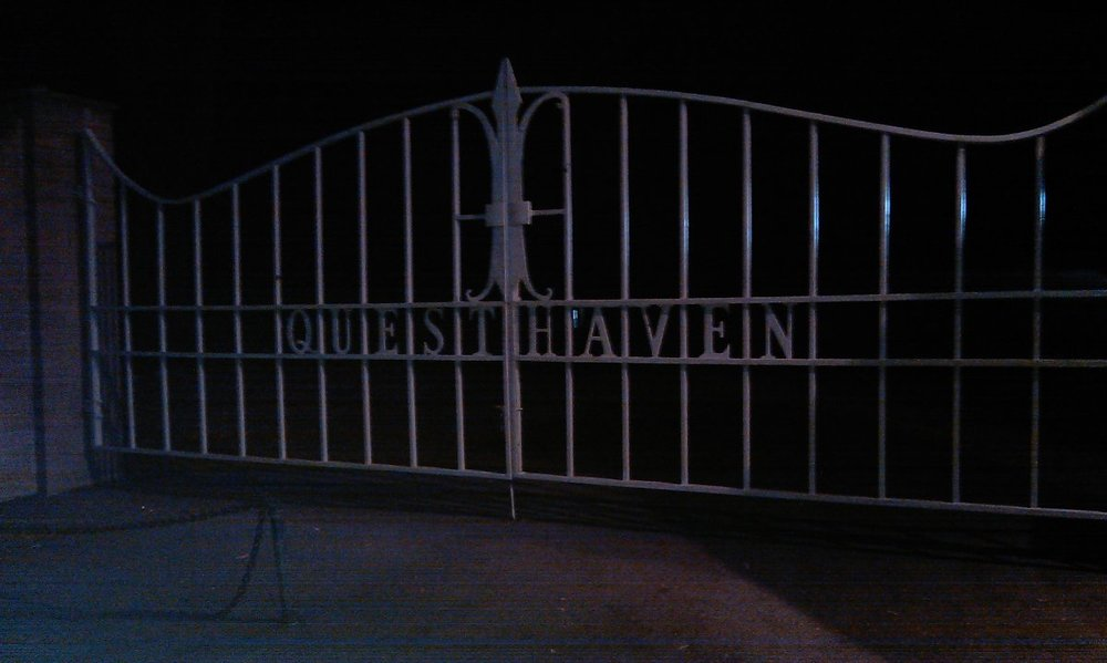 The gates of Questhaven
