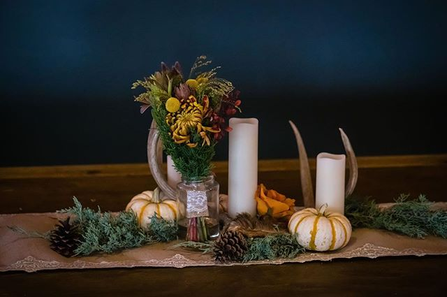 The best centerpieces tell a story 💕Abby and Garrett wanted an intimate mountain wedding, and these autumn inspired centerpieces helped create such an idyllic atmosphere.  #AbbyAndGarrettWedding  Photography: @markcreeryphoto Venue/Catering:@mishawakaampitheatre Band: @tmulemusic Desserts: @Marysmtncookies Transportation: @biodieselforbands Planning: @mountainsideevents  #mountainsideevents #mountainwedding #mishwedding #mishawaka #themish #poudrecanyon #fortcollins #coloradoevent #coloradowedding #fallwedding #weddingcoordinator #cowedding #weddingideas #weddingdiy