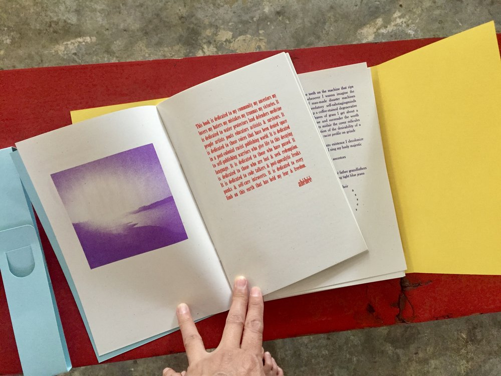 DinéYazhi´'s book consists of loose leafs and hand-bound elements, printed/assembled by John Akira Harrold.