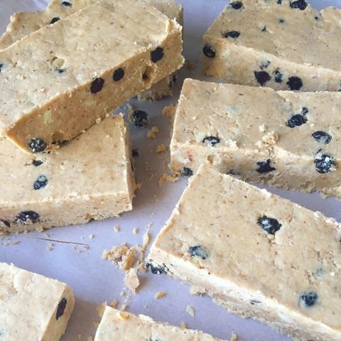 blueb cashew bar best.jpg