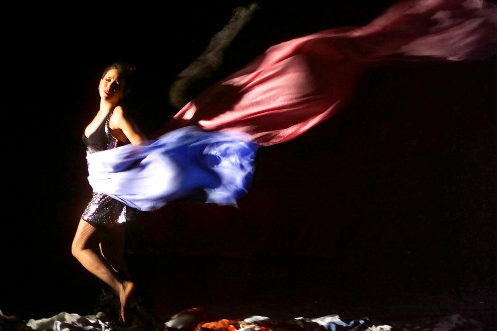 Dyane's dance-theater piece: Go-Go Dancing; 2000; Photo: Wolfgang Weimer