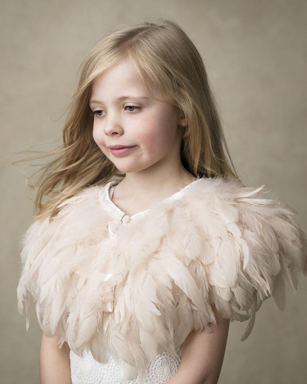 marina-mcdonald-child-portrait-photography-portfolio-canberra-child-feathers