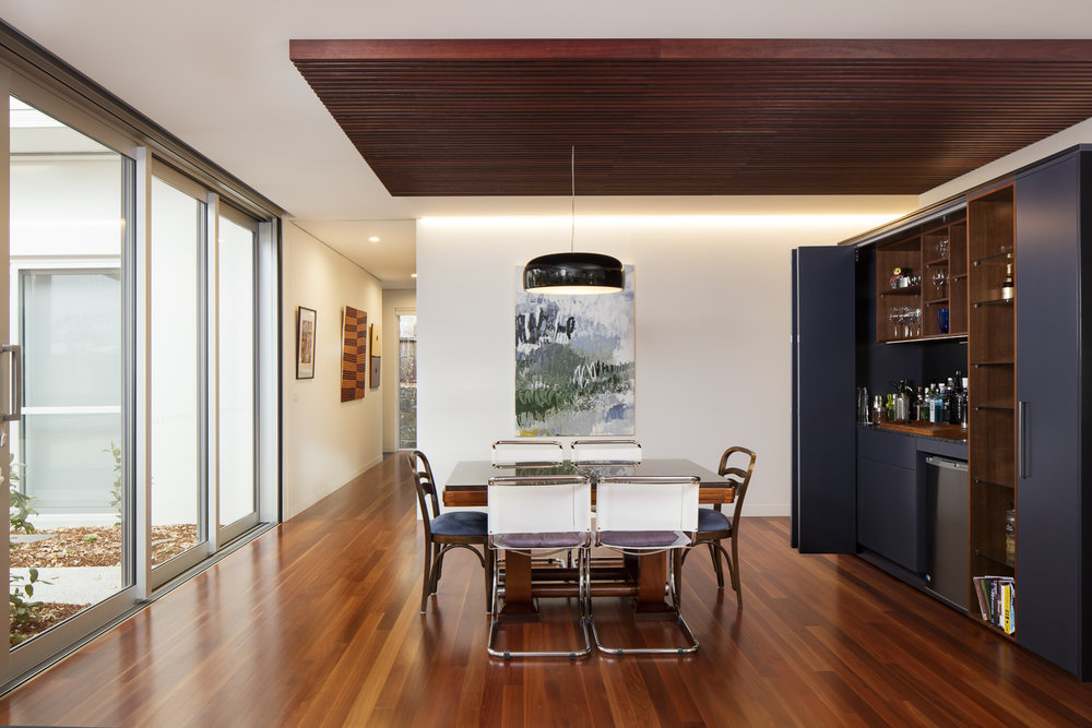 marina-mcdonald-architectural-photography-canberra-adam-hobill-design-interior-dining-room