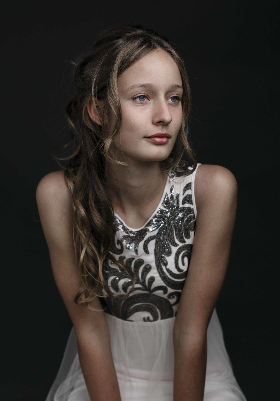 marina-mcdonald-teen-portrait-photography-portfolio-canberra-child-photographer-classic