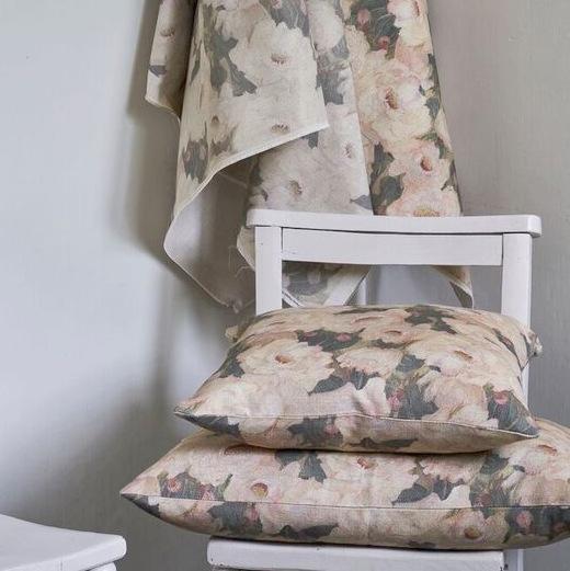 peony cushion cover .jpg