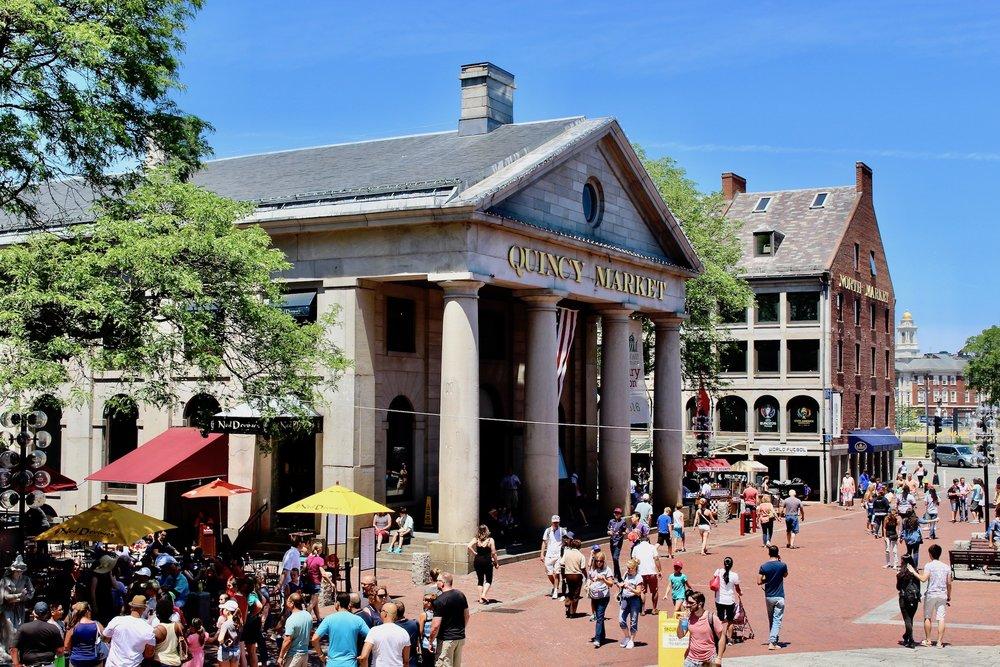 Boston_QuincyMarket_05.jpg
