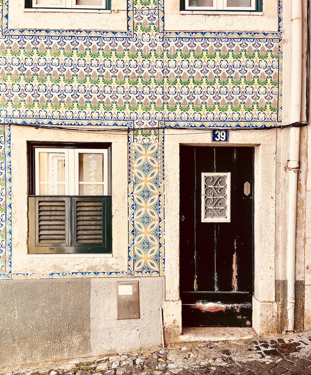 Lisbon_life_of_faorytales_10.jpg