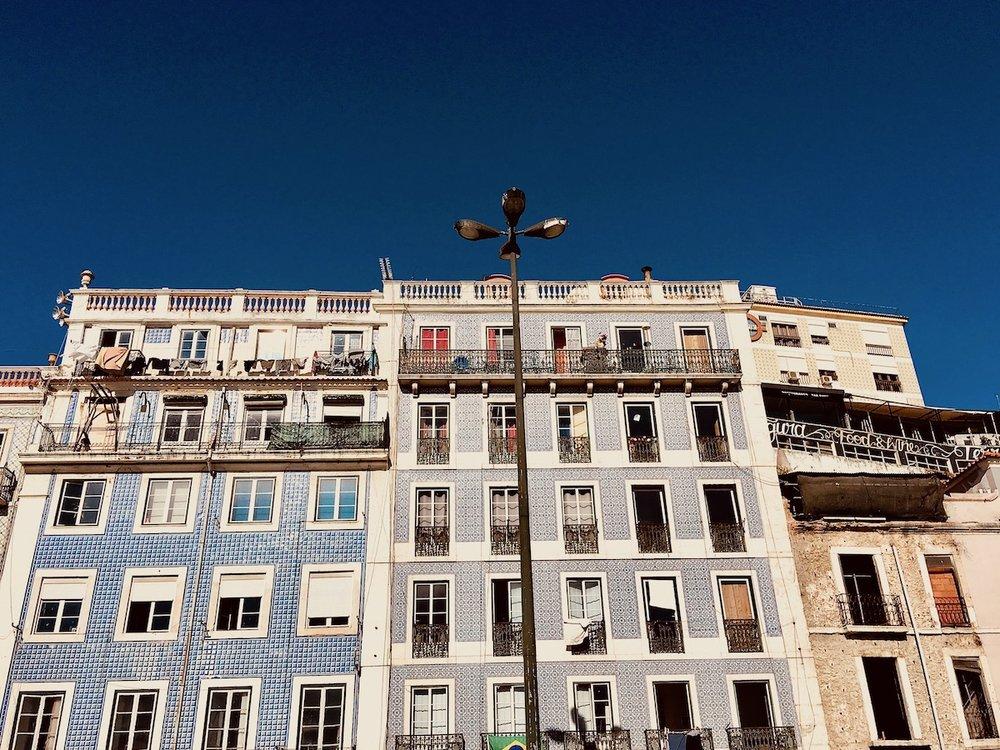 Lisbon_life_of_faorytales_01.jpg