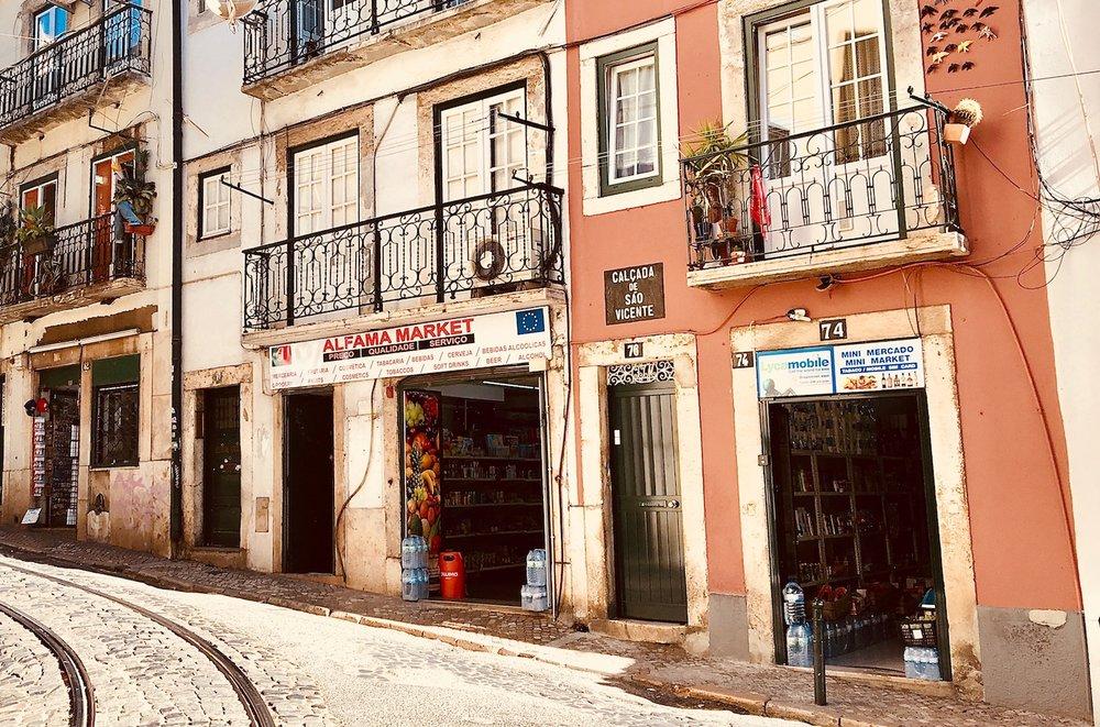 Lisbon_life_of_faorytales_14.jpg