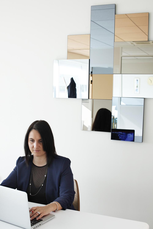 Femme-bureau-02.jpg