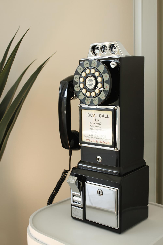 Telephone-02.jpg