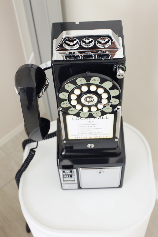 Telephone-03.jpg