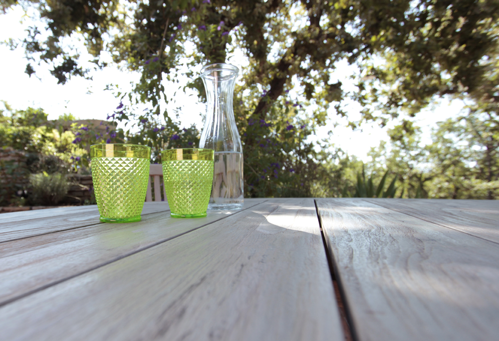 table terrasse piscine 2.jpg