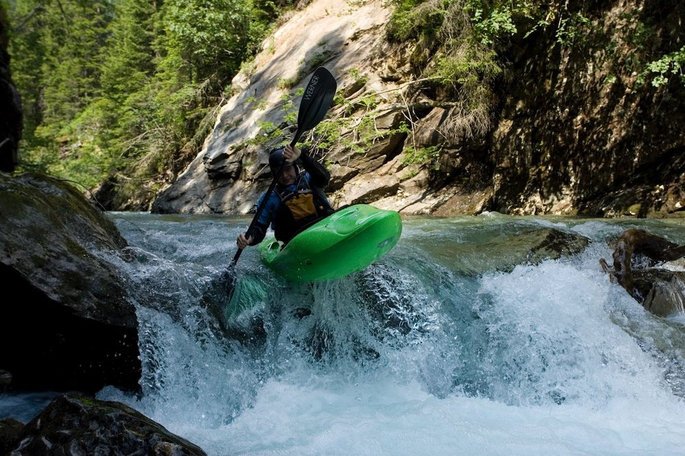 Creeking-Courses-Europe-Kayak-School.jpg