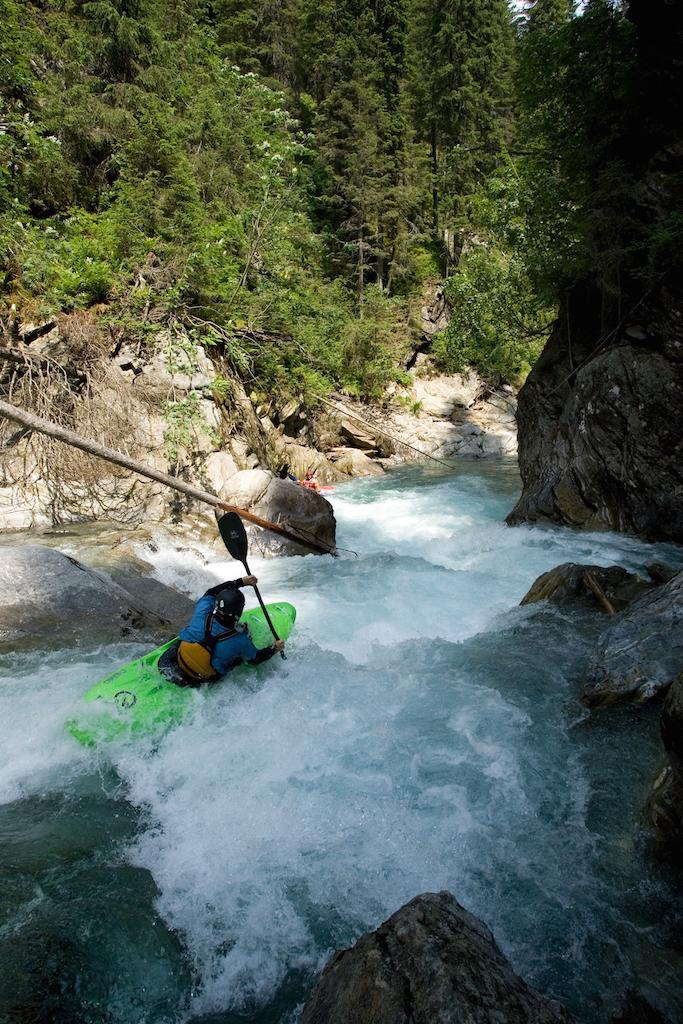 Creeking-Courses-Europe.jpg