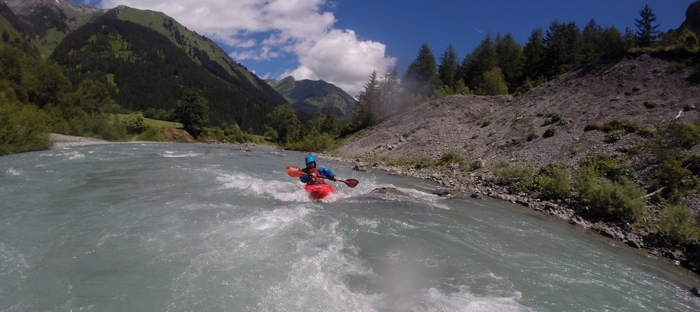 Class-2-3-Kayak-Courses-Austria.jpg