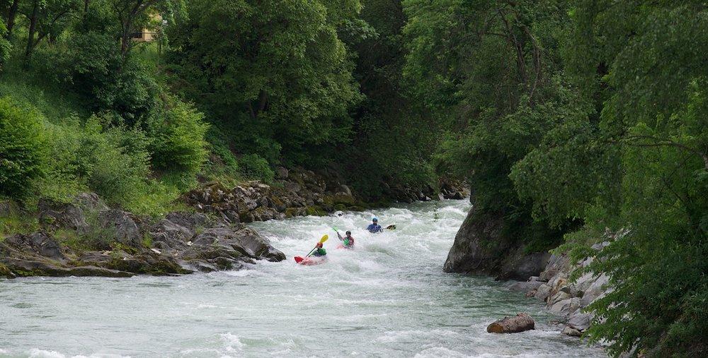 Class-3-4-Kayaking-Courses-Austria.jpg