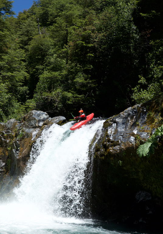 Kayak-Pucon-Chile.jpg