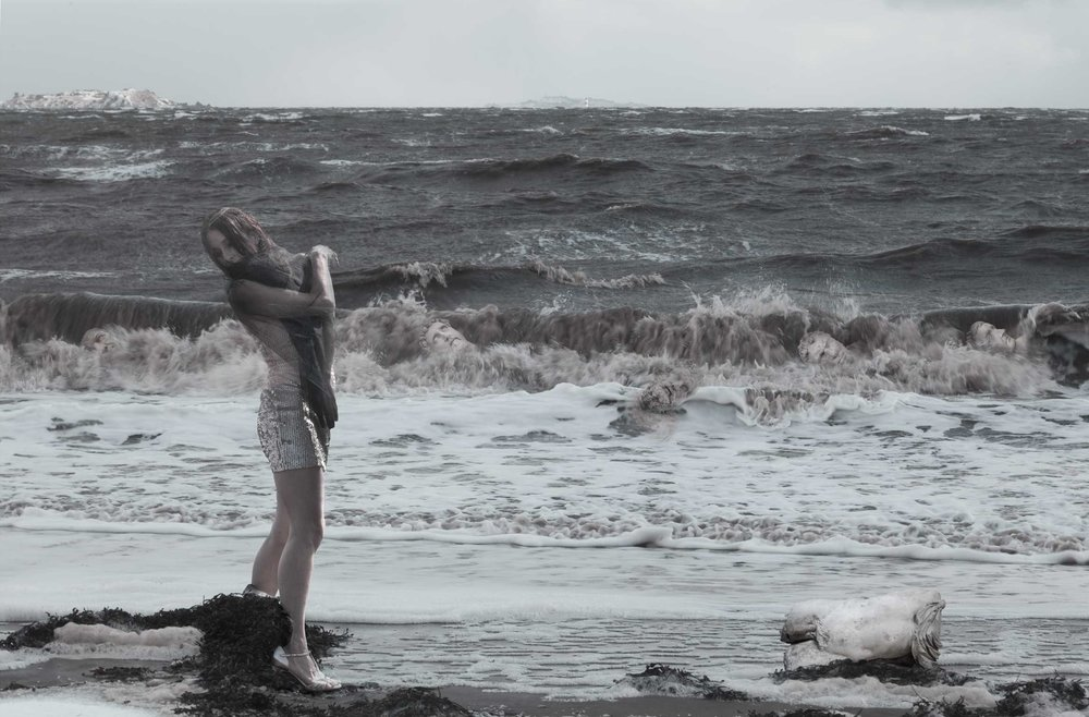 Storm of the caryatids