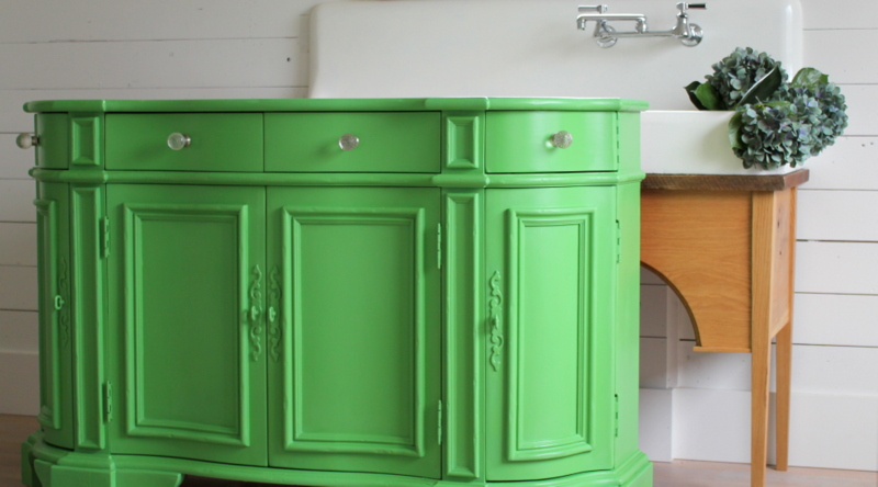 I Used Annie Sloan Chalk Paint, ANTIBES GREEN, Annie Sloan Lacquer And  Annie Sloan Clear Wax.
