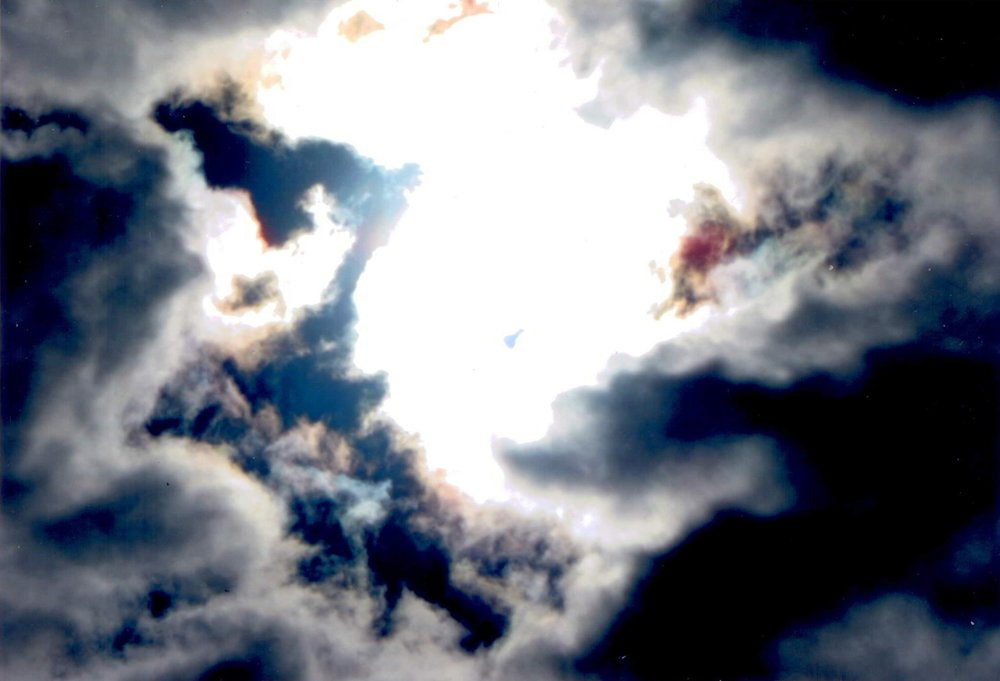 In this photo they are called spirits of campestri. They have fun distracting people and making people get into car accidents. GOD UNIVERSE is going to war to destroy these solar spirits and to bring peace on earth in this new world. May the peace of GOD UNIVERSE descend upon each one and purify our families with peace and prosperity for eternity.