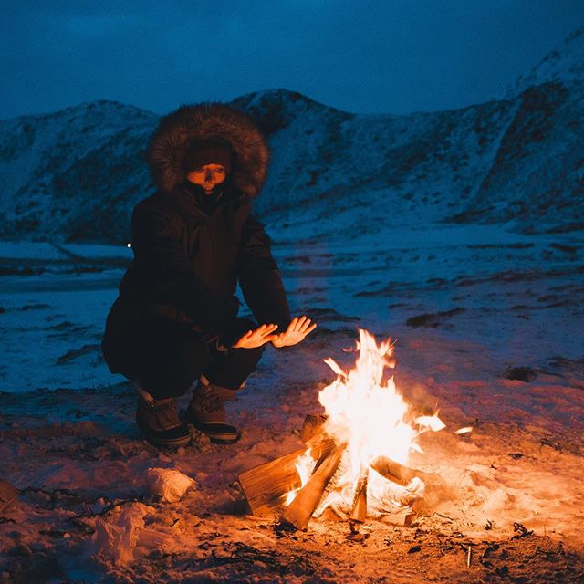 Campfires in the arctic circle with @delphinepolson 💯💯💯💯