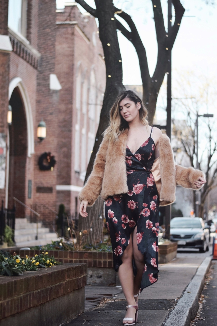faux-fur-winter-wedding