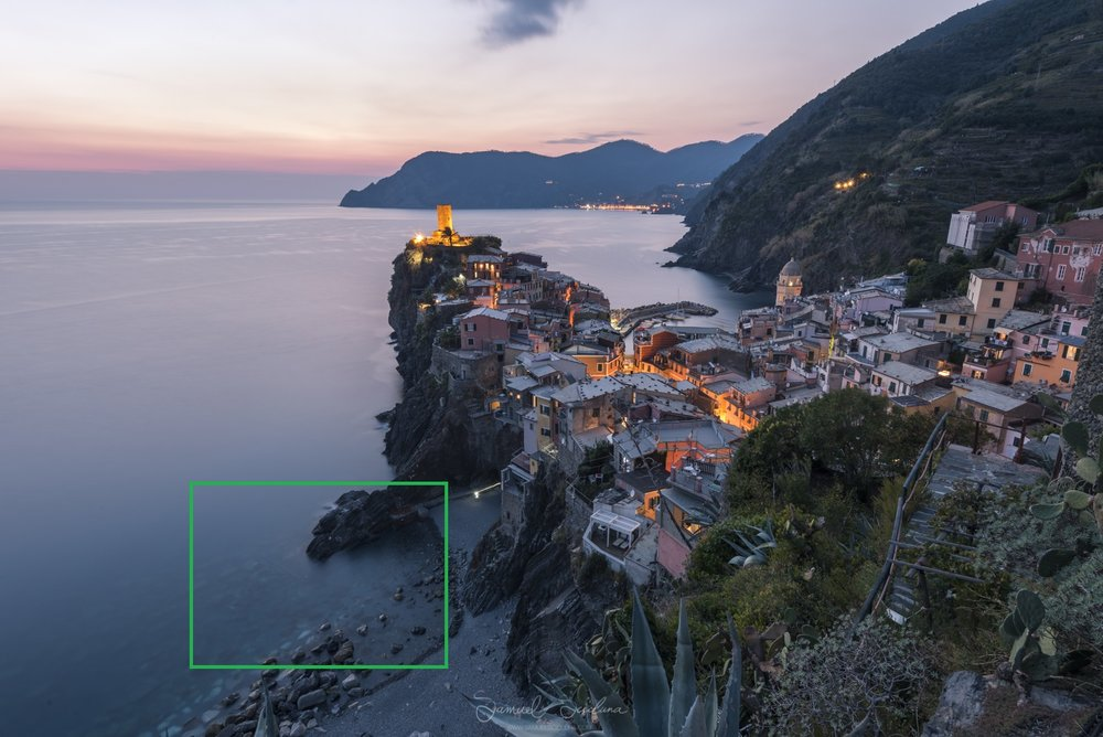 Sunset at Vernazza - EXIF 240 seconds, ISO64 at F16