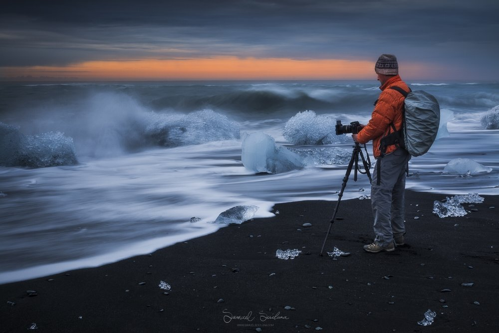 Sometime between sunset and sunrise at the Diamond Beach in Jökulsárlón glacier lagoon.