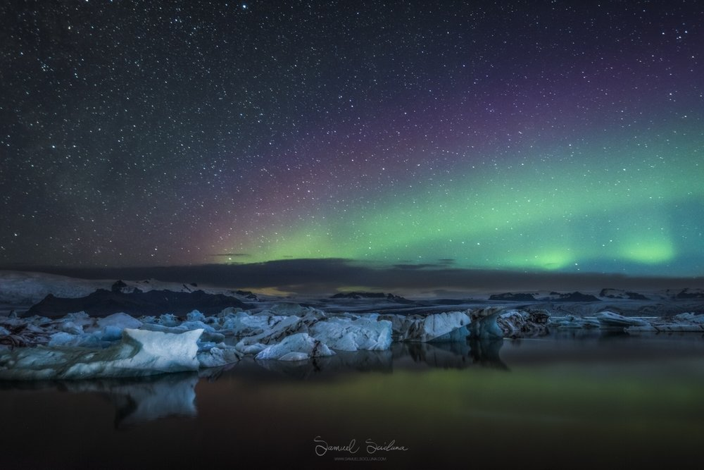 Some purple and green Auroras over Jökulsárlón glacier lagoon.