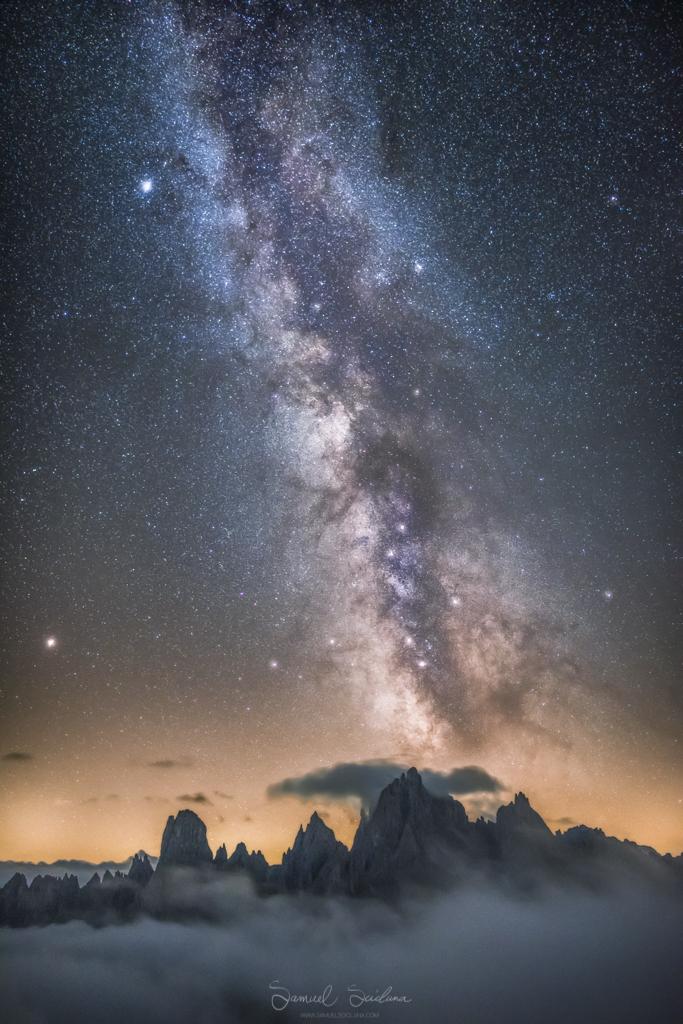 The Milkyay over the Cadini di Misurina.
