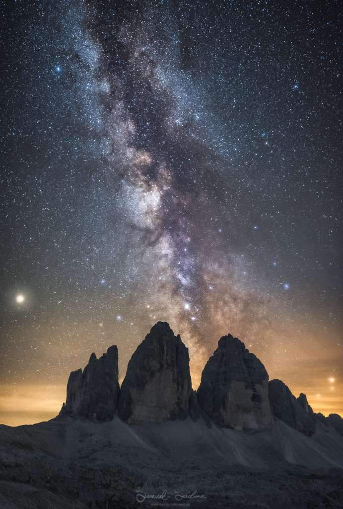 The Milkyway behind the epic Tre Cime.