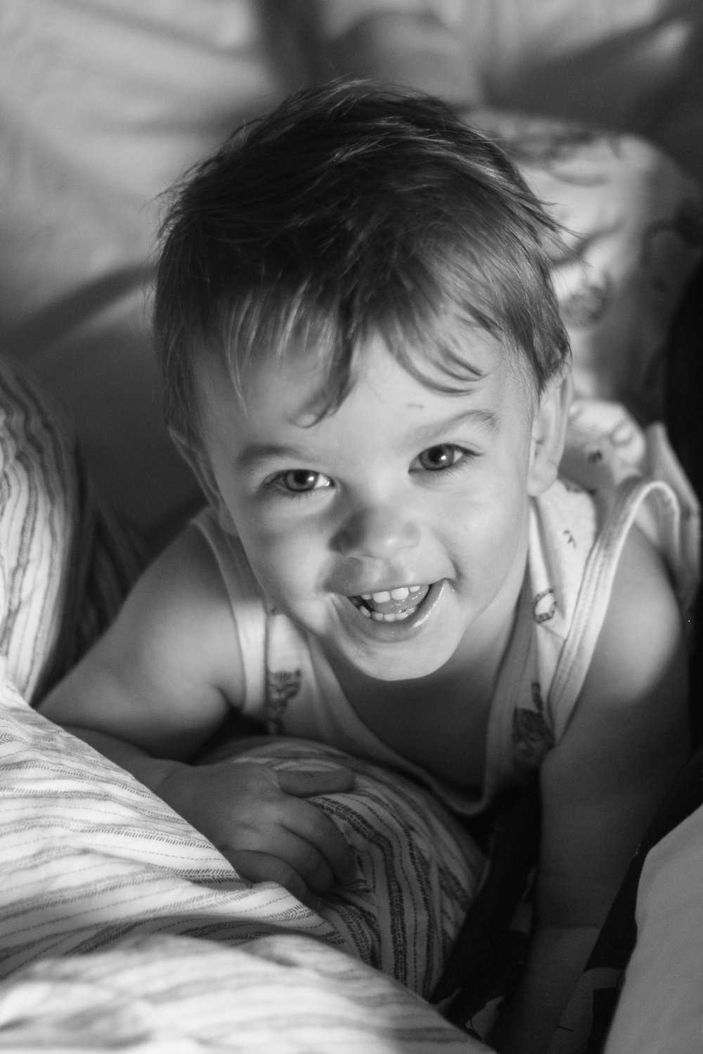 Portraits of Rufus playing in bed, lifestyle photos of my toddler-2.jpg