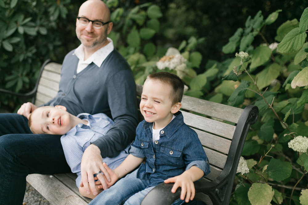 Family photos at Bellevue Botanical Garden, natural light with toddlers | Chelsea Macor Photography-20.jpg