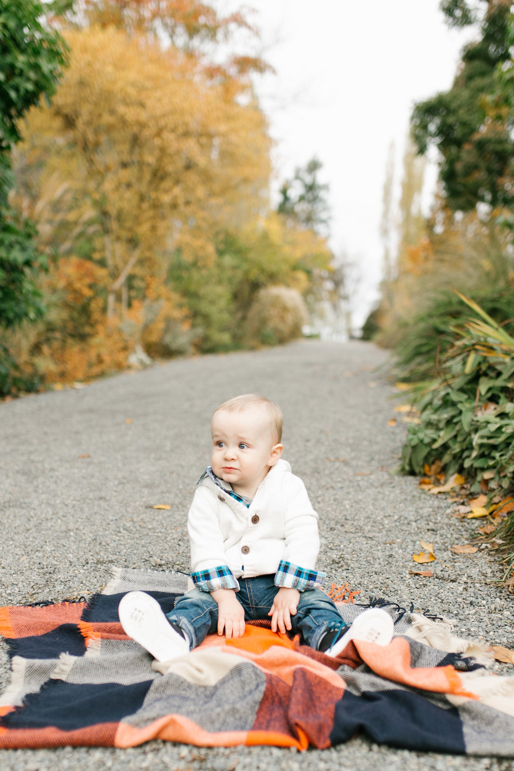Fall Family Photography Natural Light Photo | Chelsea Macor Photography Session Outdoors Bellevue WA Lifestyle Fine Art Photography Chelsea Macor Photography-7.jpg