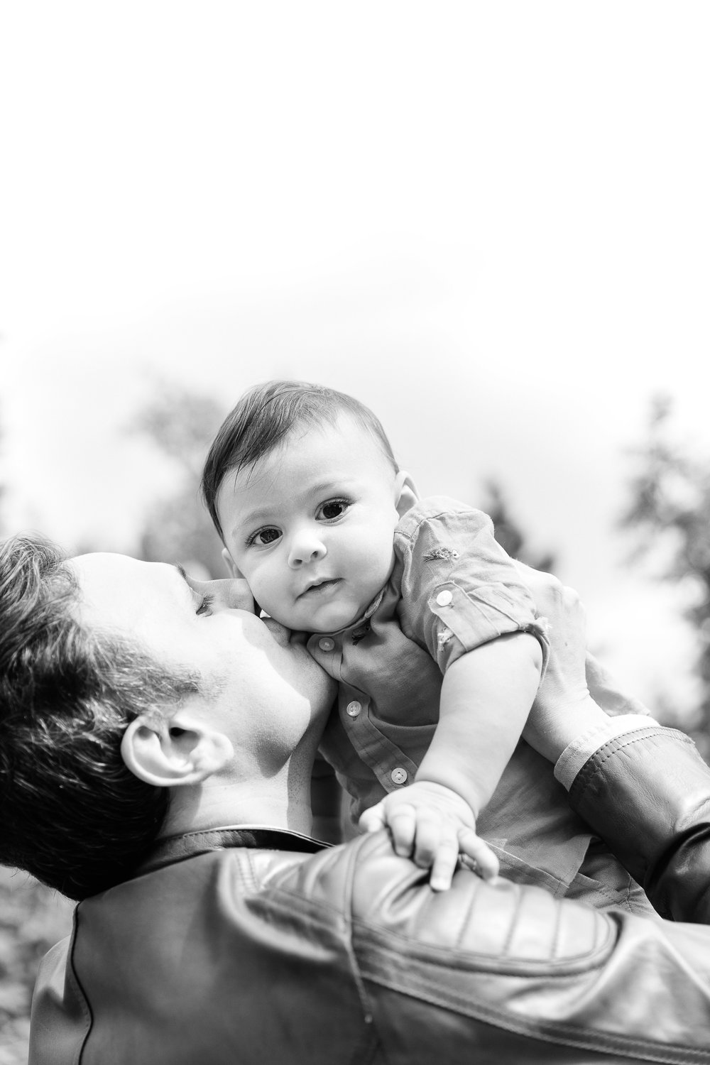 Family photos in the Bellevue Botanical Garden Seattle WA Chelsea Macor Photography-3.jpg