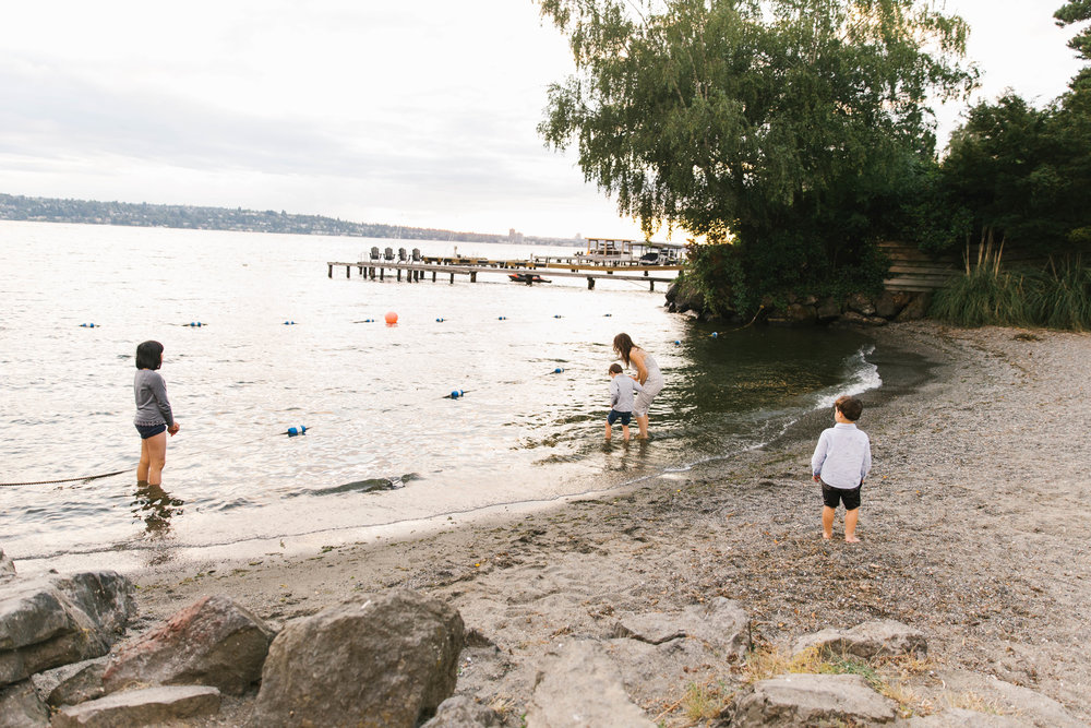 Seattle Family Photography Beach Session Golden Hour Natural Light, Mom and Boys, sunset on the water by Chelsea Macor Photography-32.jpg