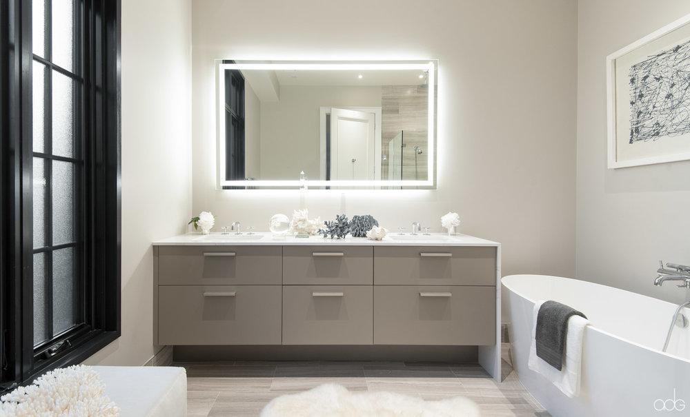 _akseizerdesigngroup_1310Q_Bathroom-1.jpg