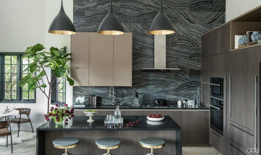 __akseizerdesigngroup_1310Q_Black-Kitchen-1.jpg