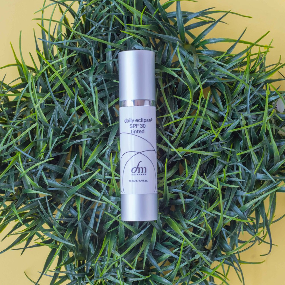 dmSkincare Daily Eclipse Tinted Sunscreen