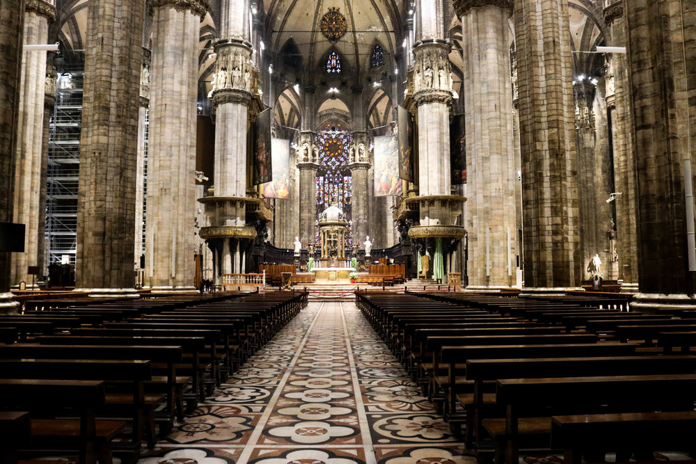 Duomo stand-wondrous abyss (1 of 1).jpg