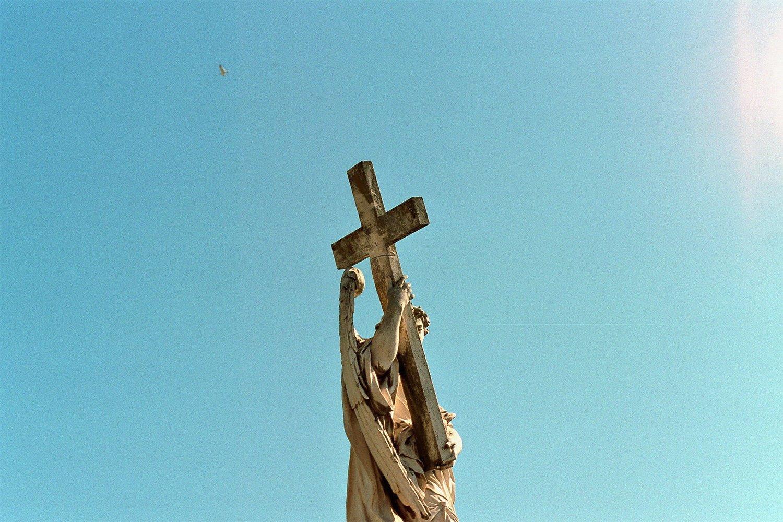 Five Likely Losses from Taking Up Your Cross — Brett McCracken