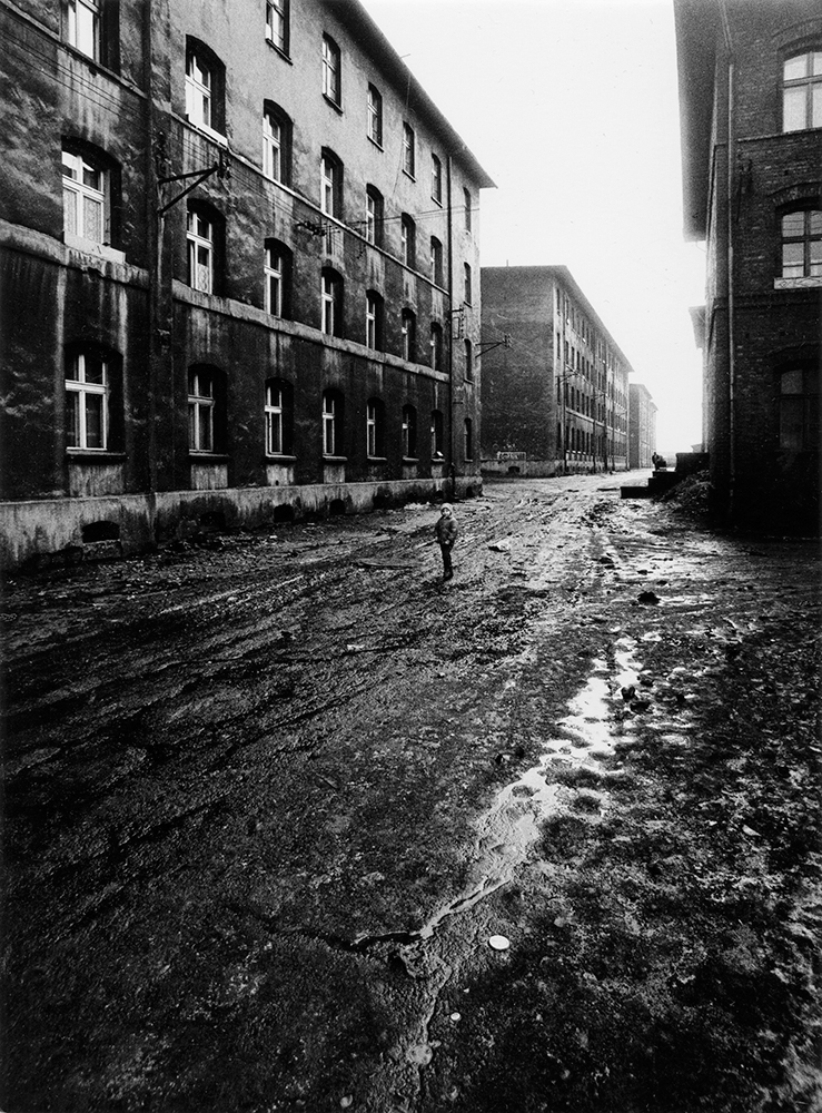 Michał Cała,  A housing estate at the Kleofas Mine,  1979