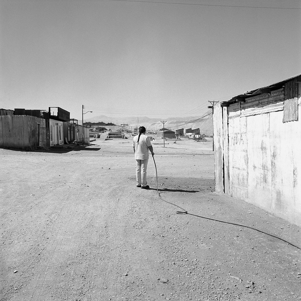 Cristian Ureta,  Untitled  from the series  Volviendo a la Tierra,  2003–2005