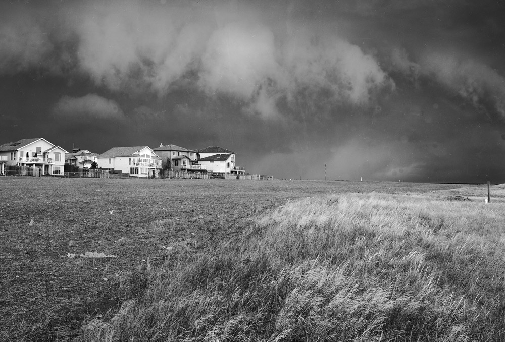 approaching storm, west lethbridge.jpg