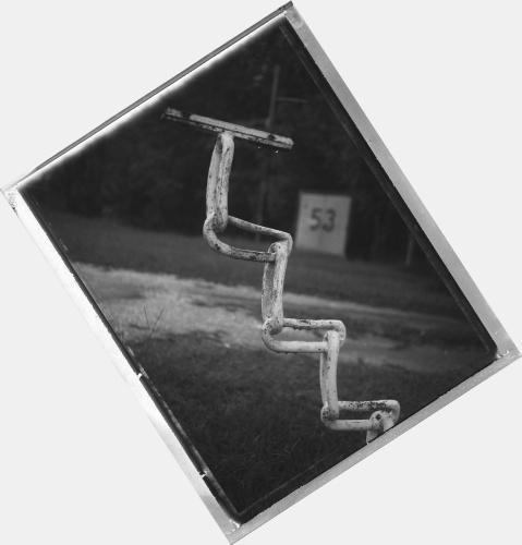 5725__630x500_scenic-details-chain-step-bs_0.jpg