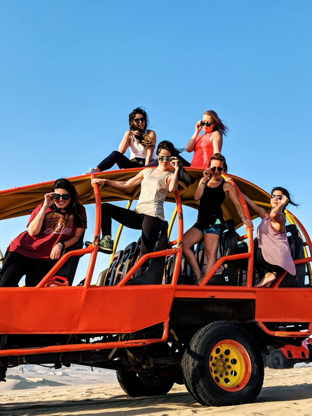 Dune buggies with Kahlo ladies